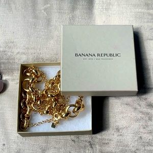 Banana Republic gold hoop chain necklace